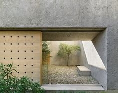Entrance through patio at the house by Wespi de Meuron Romeo.