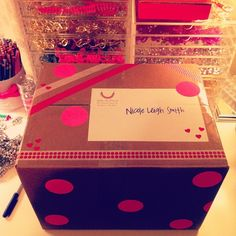 Polka dot gift wrap | spikethepunch_, Instagram