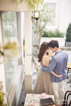 New wedding photography questions grooms Ideas Pre Wedding Poses, Pre Wedding Photoshoot, Wedding Couples, Wedding Shoot, Dream Wedding, Trendy Wedding, Korean Wedding Photography, Couple Photography, Makeup Photography