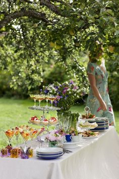your garden party is ready and we're waiting for you to celebrate your week. It was a pleasure being with you this week and finding special pins for you. Hope you enjoyed. With love and hugs to you! Party Fiesta, Garden Parties, Party Garden, Garden Club, Outdoor Settings, Table Settings, Al Fresco Dining, Food For A Crowd, Summer Garden