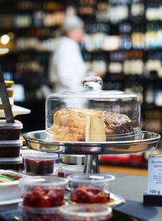 Genussvolle Pause im Alltag: Das Café von Naturkost Vier Jahreszeiten #Bio #Naturkost #Kuchen http://paulineshouse.com/naturkost-genuss-bistro-bio-supermarkt-koeln/#more-5198