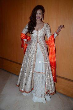 Sana Khan New Photos