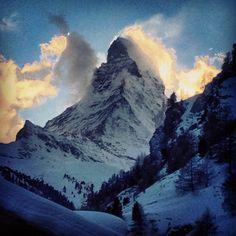 Matterhorn viewed from Coeur des Alpes // Matterhorn vom Coeur des Alpes gesehen #swissspots #switzerland #zermatt #snow #matterhorn
