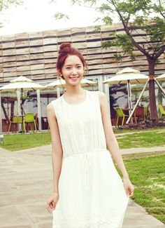 Simple but so Pretty ♥ Its Yoona !!