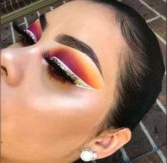 Find images and videos about fashion, style and black on We Heart It - the app to get lost in what you love. Makeup On Fleek, Kiss Makeup, Glam Makeup, Love Makeup, Makeup Inspo, Makeup Art, Makeup Inspiration, Hair Makeup, Beauty Makeup