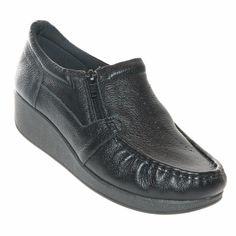O Sapato Usaflex Relax Comfort Feminino é confeccionado em couro natural. Este sapato é indicado para mulheres que buscam conforto para trabalhar!