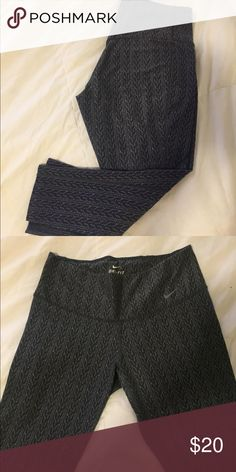 Grey Nike cropped athletic pants Slightly worn, but still in good condition! Size small. Cropped just below the knee. Nike Pants Leggings