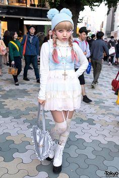 Harajuku Kawaii Style w/ Pompom Beanie, Milk Skirt & Katie Heart Bag Kawaii Harajuku Fashion & Pink Hair – Tokyo Fashion News