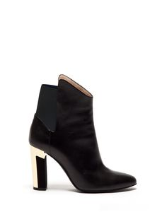 GLADYS HIGH ANKLE BOOT IN CALFSKIN LEATHER WITH A CUBE HEEL - Shoes Woman - Alberto Guardiani