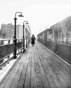 Richard Avedon New York Life #12: Third Avenue El, New York City 1949.