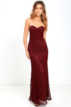 Strapless waisted long lace dress burgund