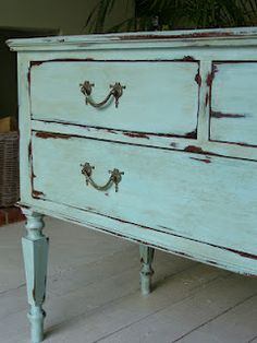 Juniper and Roses: Turquoise Chest of Drawers Painted in a mixture of Annie Sloan Chalk Paint One part Provence mixed with Two parts Old White. Decor, Shabby Chic Dresser, Redo Furniture, Painted Furniture, Upcycled Furniture, Paint Furniture, Furniture Rehab, Furniture Inspiration, Furniture Makeover