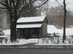 Log cabin at the University of Pittsburgh. Image credit: Carnegie Museum of Natural History.