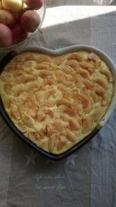 Vaniljainen omenapiirakka Sweet Pastries, Sweet Pie, Dessert Recipes, Desserts, Something Sweet, Macaroni And Cheese, Sweet Tooth, Food And Drink, Cooking Recipes