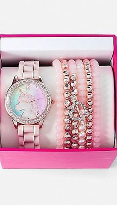 Justice is your one-stop-shop for on-trend styles in tween girls clothing & accessories. Shop our Unicorn Watch & Bracelet Set. Justice Accessories, Fashion Accessories, Girls Jewelry, Cute Jewelry, Unicorn Room Decor, Unicorn Fashion, Unicorn Jewelry, Accesorios Casual, Unicorn Makeup