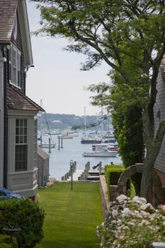 View to Edgartown harbor, Martha's Vineyard Cottages By The Sea, Beach Cottages, Coastal Homes, Coastal Living, Les Hamptons, Beautiful Homes, Beautiful Places, New England Style, New England Usa