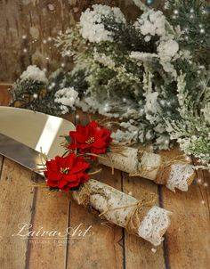 Shop for on Etsy, the place to express your creativity through the buying and selling of handmade and vintage goods. Wedding Cake Knife Set, Wedding Cake Server, Christmas Wedding Cakes, Cake Cutters, Bridal Shower Gifts, Rustic Wedding, Cake Decorating, Table Settings, Group