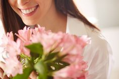 The Best Reasons for Ordering Flowers Online Exotic Flowers, Amazing Flowers, Fresh Flowers, Ontario Flowers, Line Flower, Online Florist, Order Flowers Online, Seasonal Flowers, Flower Delivery