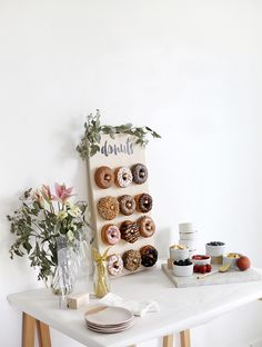 DIY Donut Wall - I've been to a few events over the last year with huge donut walls and obviously I fell in love with them. I mean, an entire wall full of donuts? Sadly, having an 8 foot tall donut wall…More Dessert Party, Diy Dessert, Dessert Table, Birthday Wall, Adult Birthday Party, Birthday Brunch, 4th Birthday, Donut Party, Donut Decorations