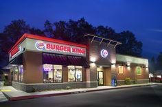 america's top 500 fast food restaurant exteriors Cafe Exterior, Restaurant Exterior, Burger Restaurant, Fast Food Restaurant, Restaurant Design, Exterior Design, Tt Burger, Retail Architecture, Sign Board Design
