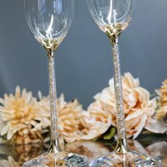 Your wedding day toast will surely sparkle with these {stunning} Swarovski Crystalline Flutes! ✨💖 // Available in our Etsy shop! Crystal Champagne, Champagne Glasses, Rustic Wedding, Wedding Day, Wedding Bride, Wedding Gift Registry, Toasting Flutes, Personalized Wedding Gifts, Custom Engraving