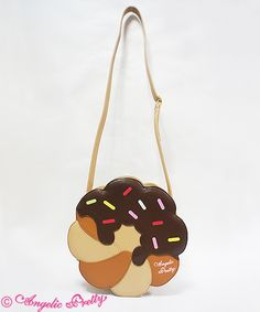 Angelic Pretty | Doughnut Shoulder Bag (2016)