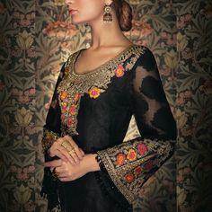 Get this tailored to your measurements cs@mizznoor.co.uk Pakistani Fashion style #pakistanicelebrities #pakistanifashion #pakistanidress #pakistanistyle #asianwedding #asianstyle #fashionblogger #fashionmagazine