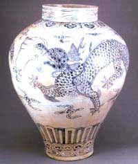 A JAR Blue and white porcelain with design of clouds and a dragon The Joseon Period The Late of 18th century.