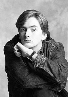 Incredibly young David Tennant.  If he could go back and talk to this young man, I wonder what he would tell him?