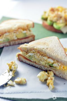 If you're looking for the best egg salad sandwich recipe, look no further! This simple egg salad sandwich recipe uses delicious ingredients like avocado!