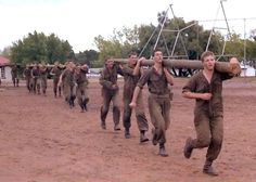 Class competition - an awful way of getting fit Military Workout, Military Training, Military Service, Military Life, Military History, Parachute Regiment, Army Day, Troops