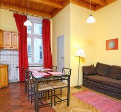 9A toroms leilighet + stue  #http://www.antiqueapartments.pl/no/extrooms    #hotell    #Krakow    #overnatting