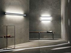 Lámpara Falena de Foscarini.  Diseño : Paolo Lucidi + Luca Pevere, 2011.  Muebles de diseño.   #lighting