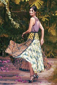 Beguile by Byron Lars for Anthropologie Petal Patch Maxi Skirt Sz Multicolor laser cut. Retro Fashion, Boho Fashion, Womens Fashion, Modest Fashion, Street Fashion, Fashion Ideas, Beautiful Outfits, Cute Outfits, Maxi Skirts For Women