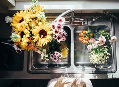 This would be a perfect little double sink for a little cabin out in the woods and of course I'd have to decorate with these flowers Wild Flowers, Beautiful Flowers, Fresh Flowers, Happy Flowers, Beautiful Places, The Last Summer, Cactus, Plants Are Friends, Mother Nature