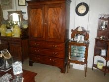 Victorian Mahogany (1837-1901) Beautiful piece wonderfully preserved R13000 Linen Press Antique Furniture, Armoire, Victorian, Antiques, Store, Vintage, Beautiful, Home Decor, Clothes Stand
