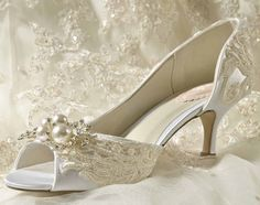 Womens Wedding Shoes, Bridal Shoes Vintage Wedding Lace Heels Women's Bridal Shoes, Wedding Shoes Custom Dyed Wedding Shoes Women's Bridal