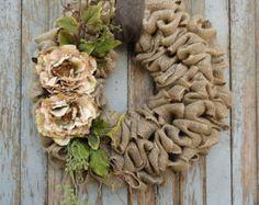 Guirnalda de arpillera con flores de peonia por WhimsyChicDesigns