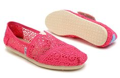 pink and white toms