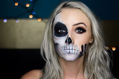 Dripping Skull Halloween Face Mask