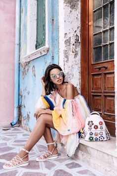 The VivaLuxury | Day Trip to Burano