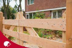 #tuin #poort #hek #oprit #hout Outdoor Furniture, Outdoor Decor, Garden Design, Exterior, Wood, Crafts, Home Decor, Bricolage, Lush