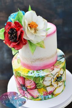 HAND PAINTED FLORAL CAKE #handpaintedfloralcake #handpaintedflowerscake #waferpaperflowers #instacake #cakedecorating #cakephotography #cakestagram #cakestag #weddingcakes #weddingcake #svadbenatorta #svadbenetorte #tortebeograd #belgradecakes #nasa_mala_zavrzlama #nasamalazavrzlama #ukusno #da #food #dessert #handmade #yummy #love #zavrzlama
