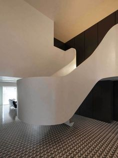 Rehabilitation of an Apartment by CorreiaRagazzi Arquitectos | Yellowtrace