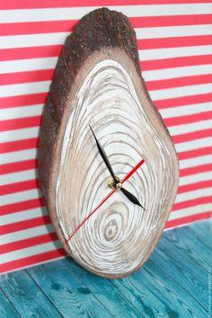 """Персональные подарки ручной работы. Заказать Часы настенные """"Ракушка"""". Смородина. Ярмарка Мастеров. Морские часы, часы ручной работы"""
