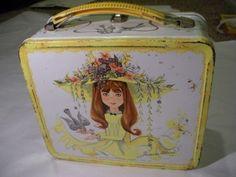 Vintage Junior Miss Lunch Box Aladdin, my favorite lunch box.