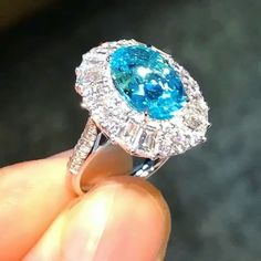 miimiisk. The customer said the only problem of this ring is that it's bigger than her boss' ring. #tourmaline #paraiba #neon #neonblue #ring