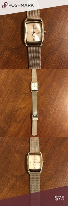 Skagen Silver Steel Mesh Watch Skagen Silver Steel Mesh Watch with Crystal Details - Gently Used - Great Condition Skagen Accessories Watches