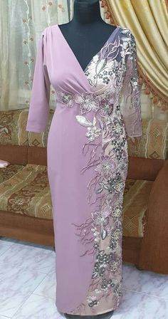 Hijab Fashion, Fashion Dresses, Mode Abaya, Kaftan, Plus Size, Gowns, Womens Fashion, How To Wear, Wedding