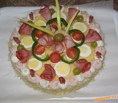 Slaný dort z toustového chleba s podrobným postupem